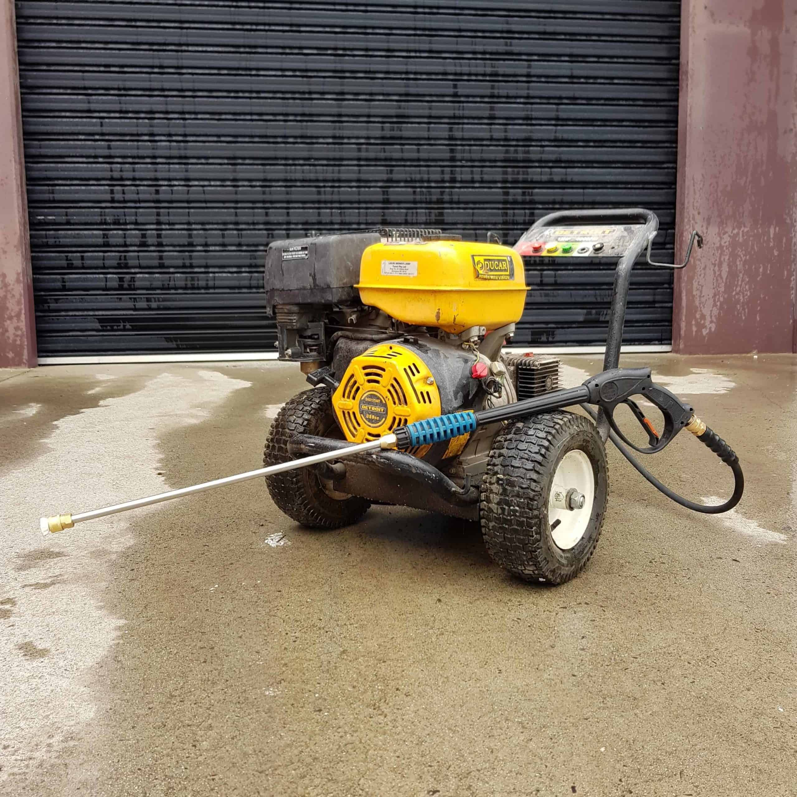 our Ducar Pressure washer