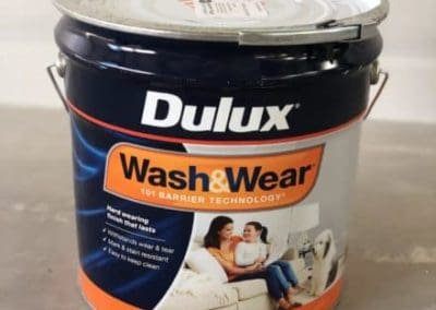 Dulux 15l Wash and Wear paint can